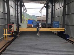 Mașină de tăiat cu plasmă de precizie CNC cu precizie de 13000 mm cu servomotor